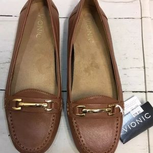 88a32f89fc0 Vionic Shoes - NEW Vionic Orthaheel Kenya Leather Loafer Shoes